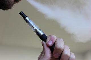 Jujur menulis artikel ini menciptakan saya tertawa lebih dahulu 6 Tips Cara Berhenti Merokok Untuk Selamanya (100% Ampuh Permanen)