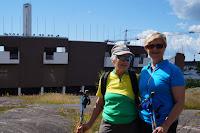 Anja Rönnberg et Arja Jalkanen-Meyer derrière le stade Olympique d'Helsinki Juillet 2017