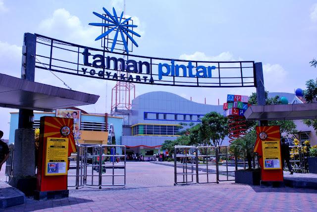 Tempat wisata hits Taman Pintar di jogja