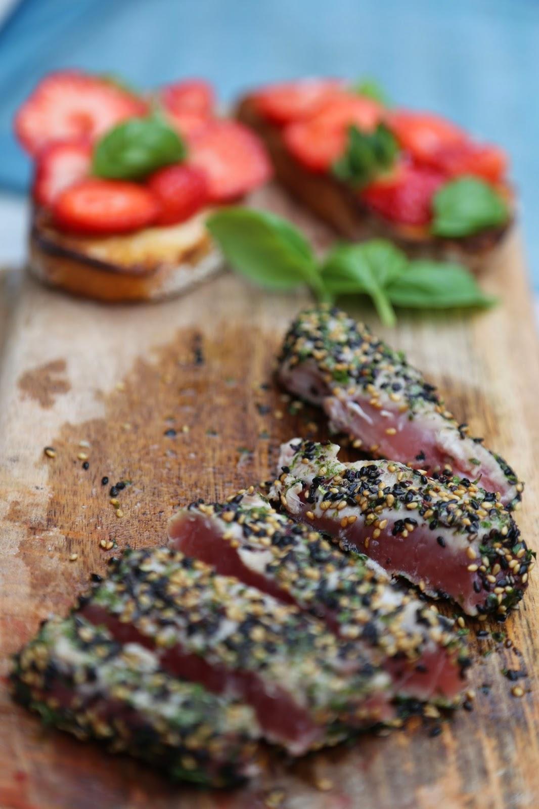 Seared sesame tuna and strawberry bruschetta