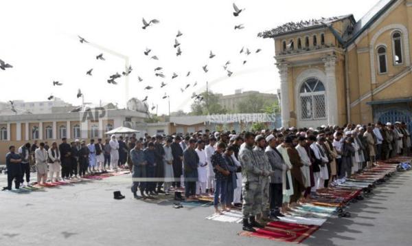 Warga Afghanistan Semakin Rajin Ibadah & Meramaikan Masjid Semenjak Taliban Berkuasa