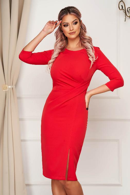 Rochie marime mare rosie office midi tip creion din stofa usor elastica crapata
