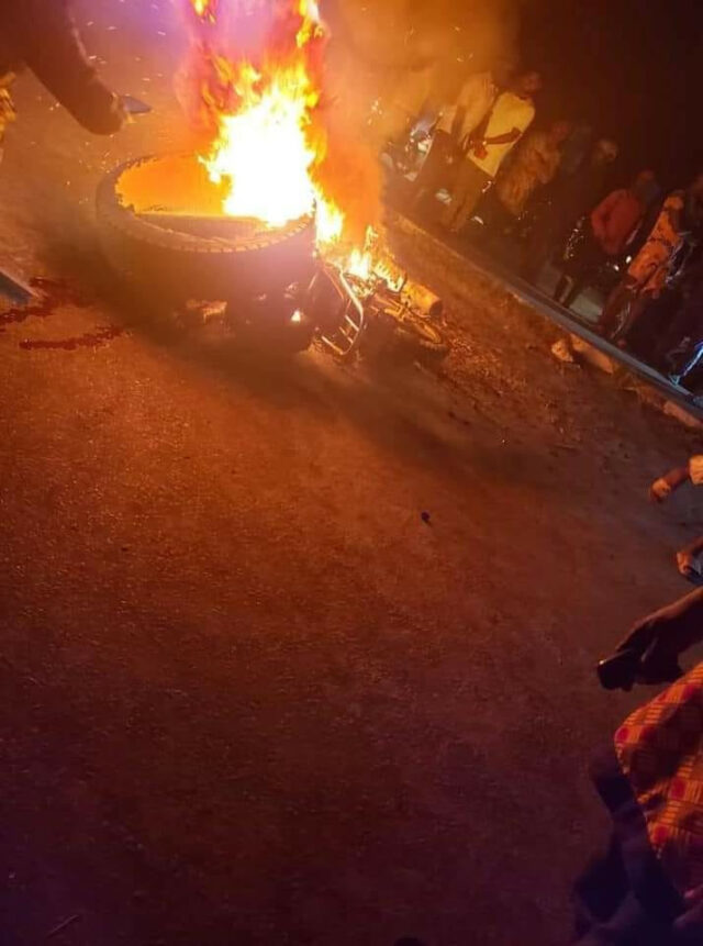 Suspected phone and robber armed with toy Gun and  killed, set ablaze in Delta