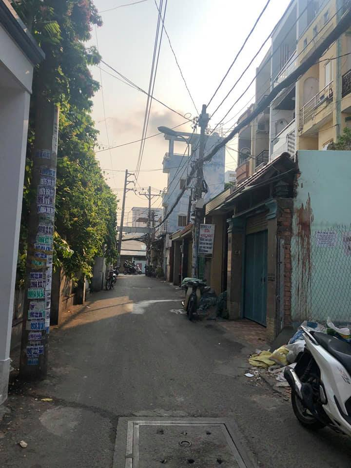 Bán đất Mặt tiền đường Nguyễn Khuyến quận Bình Thạnh. DT 3,9x17m (nở hậu 8m)