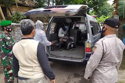 Koramil 23/Ceper Bantu Evakuasi Pasien Covid 19 ke Isolasi Terpusat
