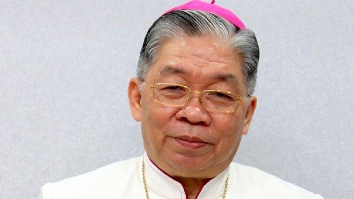 Uskup Mandagi Kecam Oknum TNI AU yang Injak Kepala Warga Papua