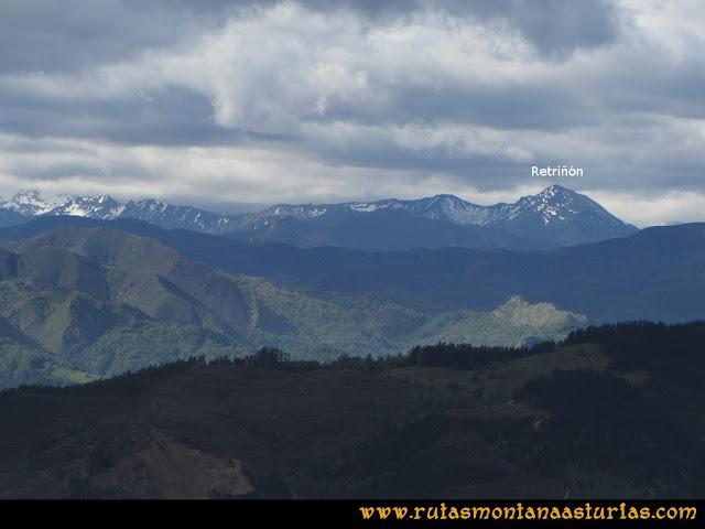 Ruta Torazo, Pico Incos: Indice Vista del Retriñón desde el Incos