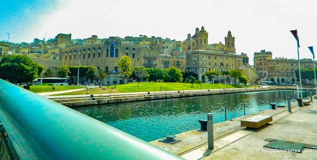 Ponte de pedestres entre Birgù e Cospicua, Malta