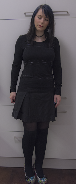Fashion Outift all black gothic grunge school girl anime monster high heels knee high socks skirt shirt choker