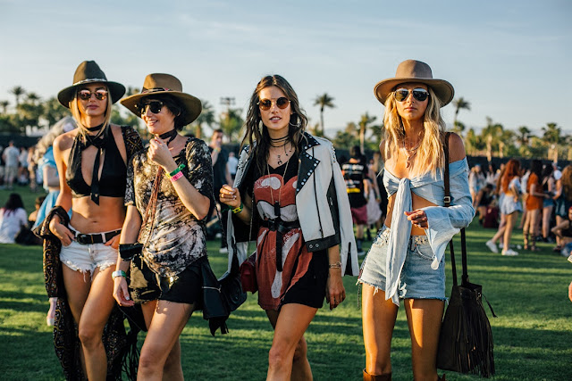 http://www.syriouslyinfashion.com/2017/04/coachella-2017-best-street-style-look.html