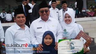 Guru MTs Al-Hudaebiyah Kecamatan Cidahu Noviyani berhasil meraih juara I Kategori Menulis Pengalaman Mengajar (Real Short Story) pada ajang Madrasah Kabupaten Sukabumi Award 2018.