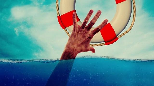 معنى الحلم بأنك تتلقى الإنقاذ أو تنقذ الآخرين