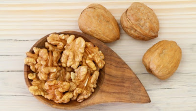 Balance Your Diet to Preventing Hair Loss