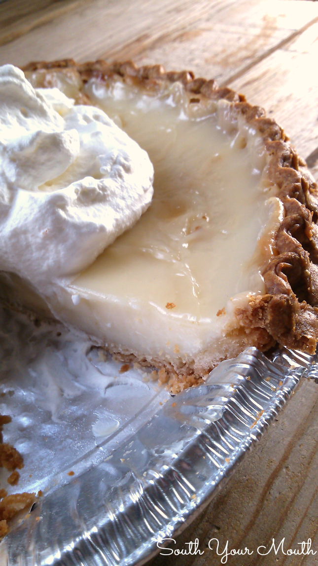 Sugar Cream Pie | An Amish-style recipe for Sugar Cream Pie, with simple ingredients like sugar and cream, baked into a creamy, caramelized, luxurious dessert. #amish #pie #sugarcream
