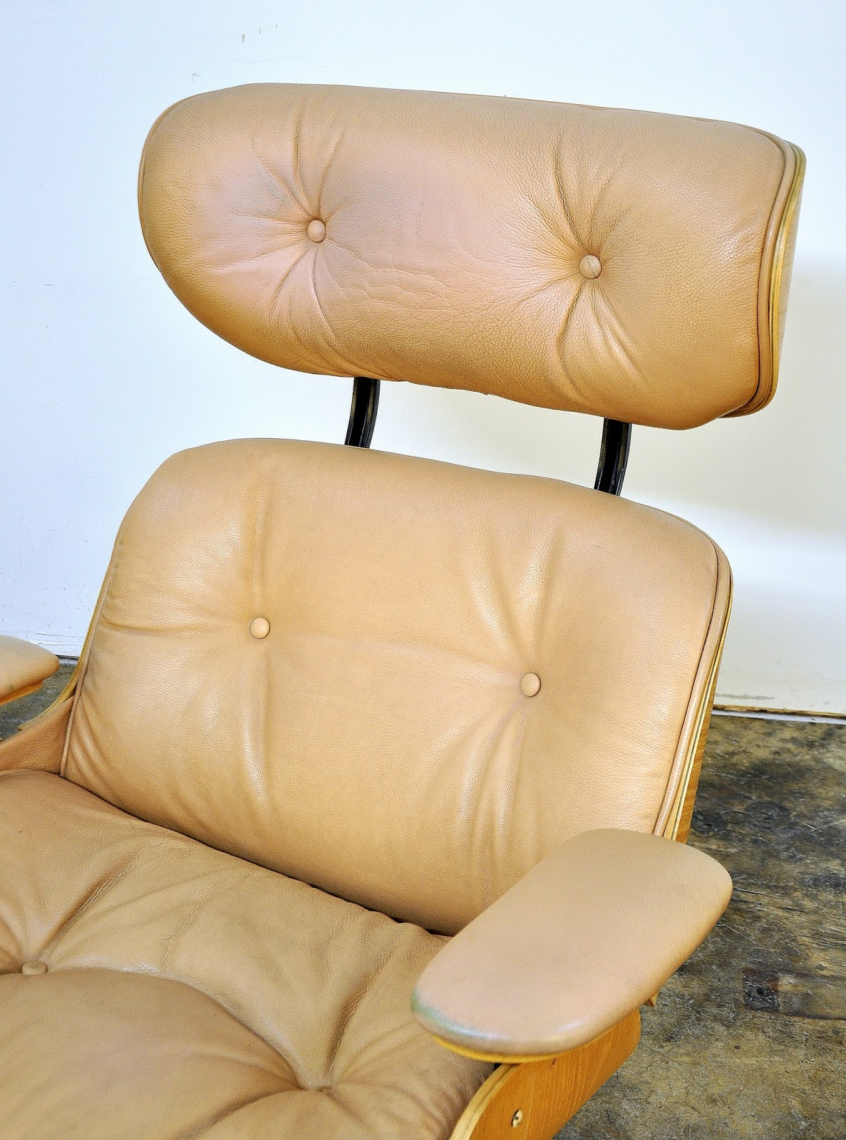 Select Modern Plycraft Eames Style Leather Lounge Chair