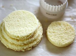 Cách làm bánh kem noel