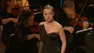 Katie Bray performing at the 2019 BBC Cardiff Singer of the World (photo taken from video stream)