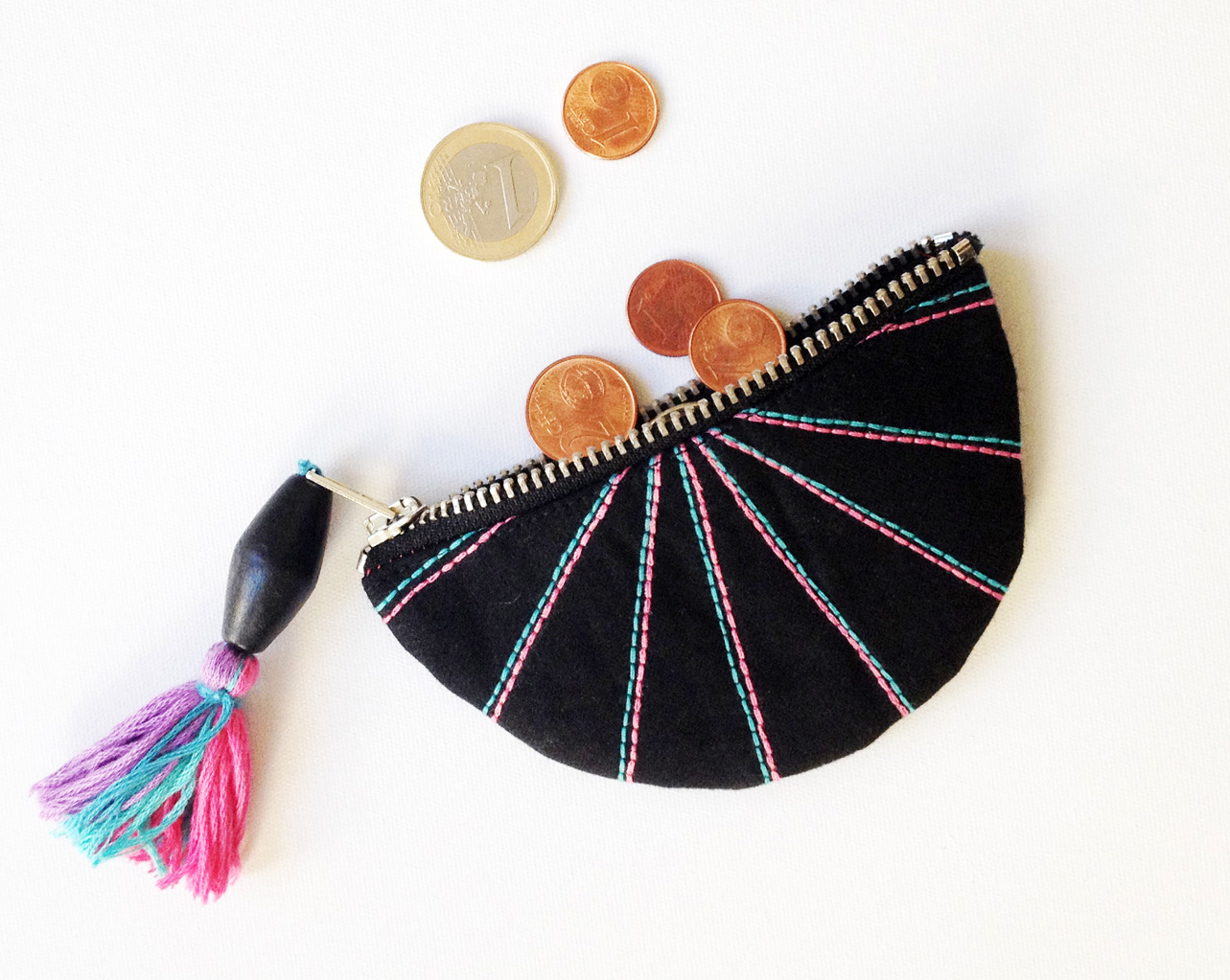 DIY Fan Coin Purse Tutorial