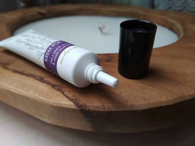 očný krém s levanduľovým olejom