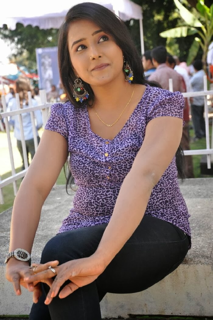 Nancy photo gallery in jeans at hai guys hello sir movie launch