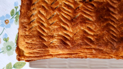 ciasto francuskie trzech króli z migdałową masą