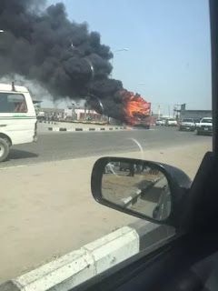 A Trailer is burning at Jakande Roundabout in Lagos State.(photo)