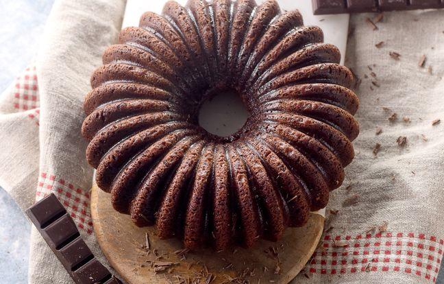 schoolchildren's chocolate cake