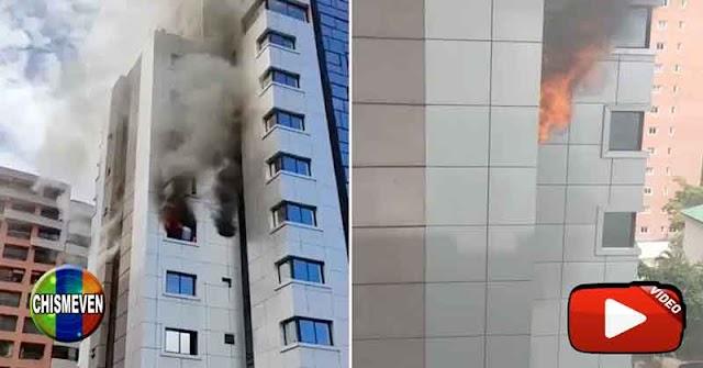 Fuerte incendio en un lujoso edificio de El Rosal en Chacao