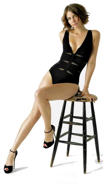 Lauren Cohan sexy legs