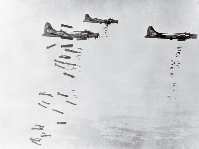 Flying Fortresses during World War II worldwartwo.filminspector.com