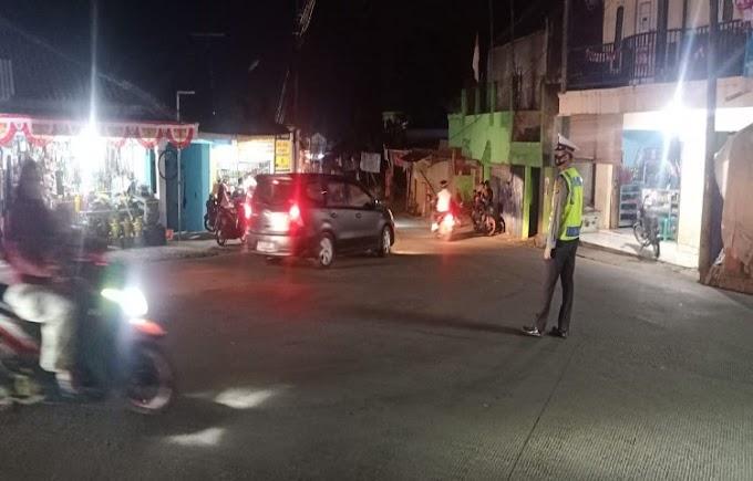 Antisipasi Penumpukan Kendaraan, Polsek Ciomas Terjunkan Anggota Atur Lalulintas