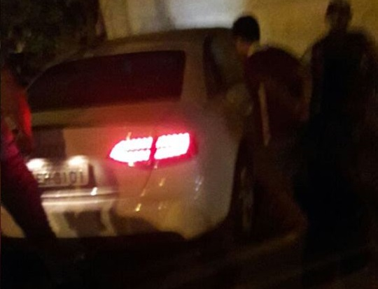 PRF caça veículo de luxo e perseguição termina com troca de tiros e acidente em Cacoal