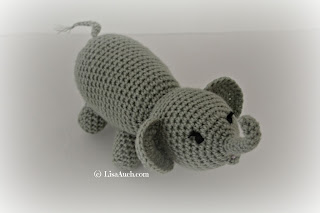 free crochet elephant pattern, zoo animal stuffed elephant, amigurumi elephant crochet toy free