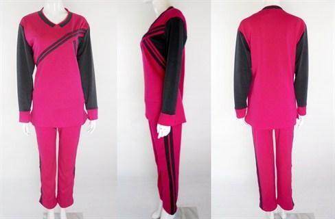 Baju Olahraga Wanita Lengan Panjang Nike