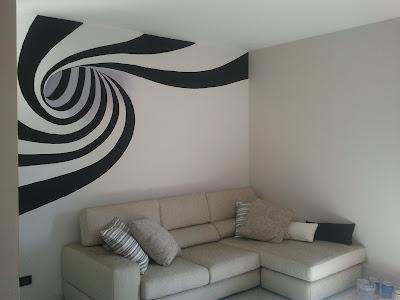 Decorarte murales con spirale for Parete dietro divano