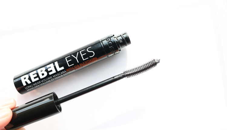 GOSH Rebel Eyes Mascara in Black review