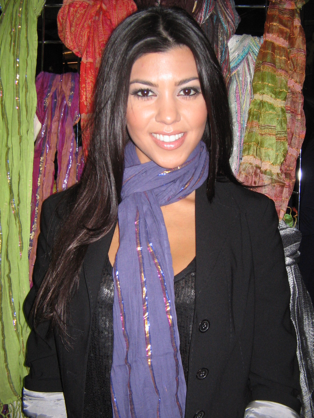 Kourtney Kardashian And Kylie Makeup: Kristine Blogs New: Kourtney Kardashian