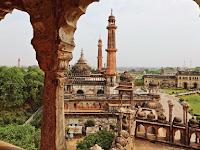 Kisah Nyata Seorang Pangeran Yang Mengucilkan Diri Di Tengah Hutan Di Delhi, India (BAG. IV)