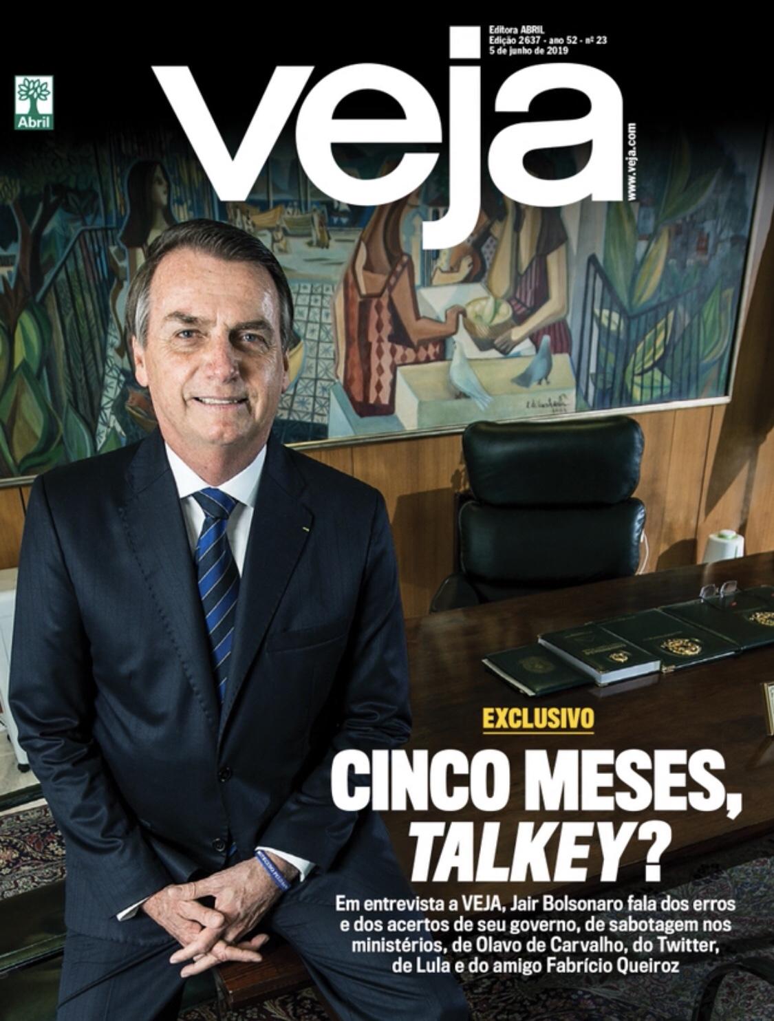 sello Imperio título  Revista Veja publica entrevista exclusiva com o Presidente Jair Bolsonaro -  Tribuna de Noticias