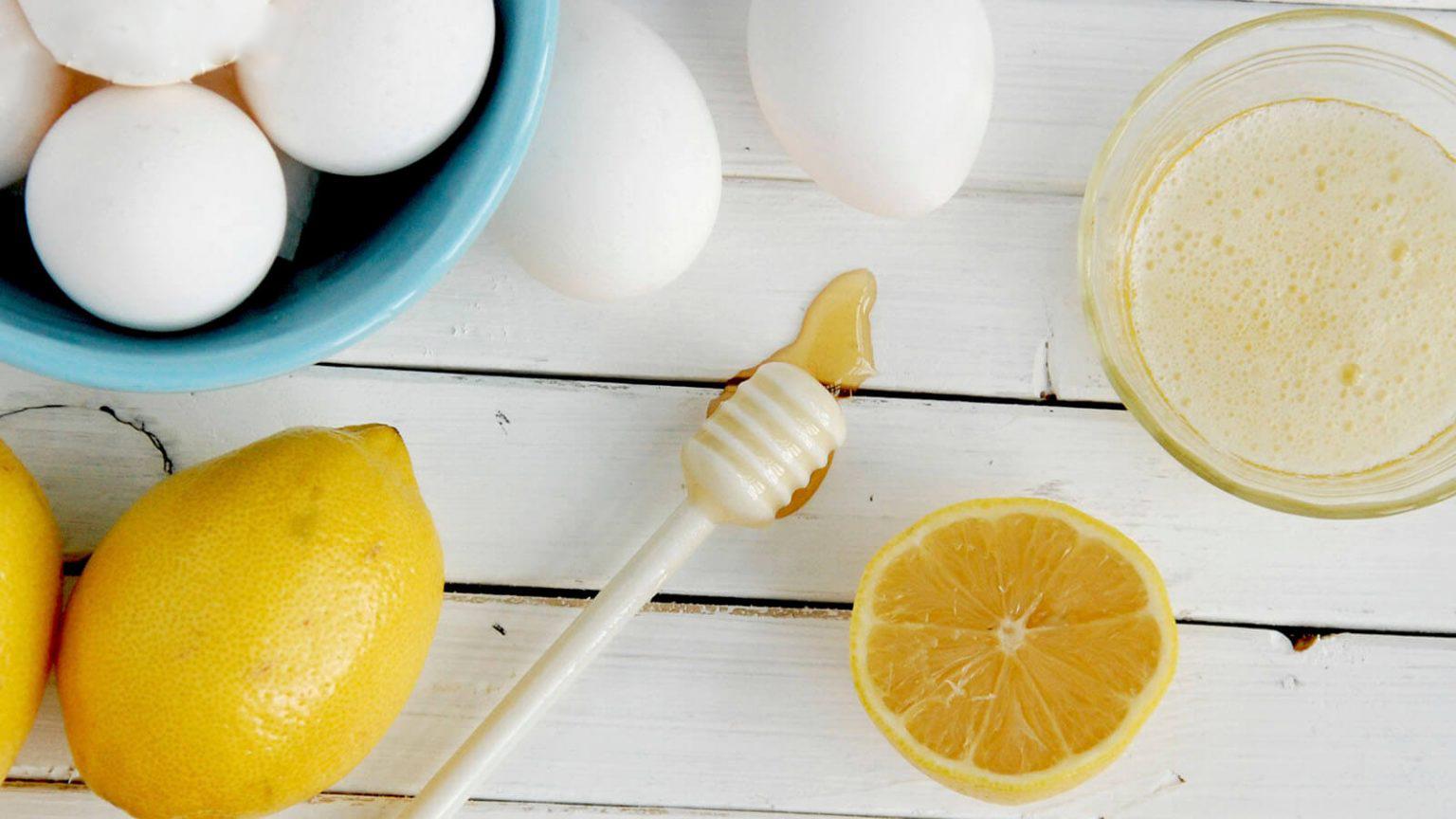 Tẩy da chết bằng chanh và lòng trắng trứng
