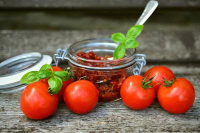 kurutulmuş domates ne kadar dayanır
