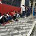 Após um ano de pandemia, 377 brasileiros perderam o emprego por hora, diz pesquisa