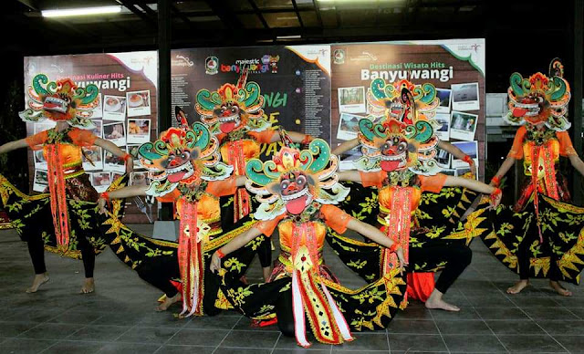 Salah satu penampil dalam pembukaan Banyuwangi Culture Everyday
