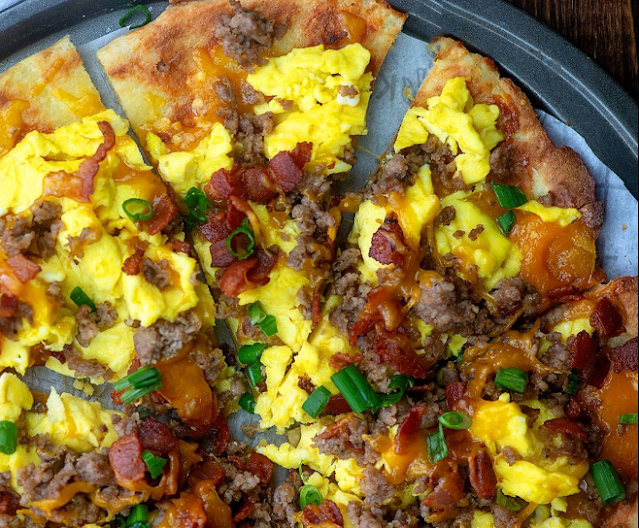 Meat Lovers Breakfast Pizza #keto #glutenfree