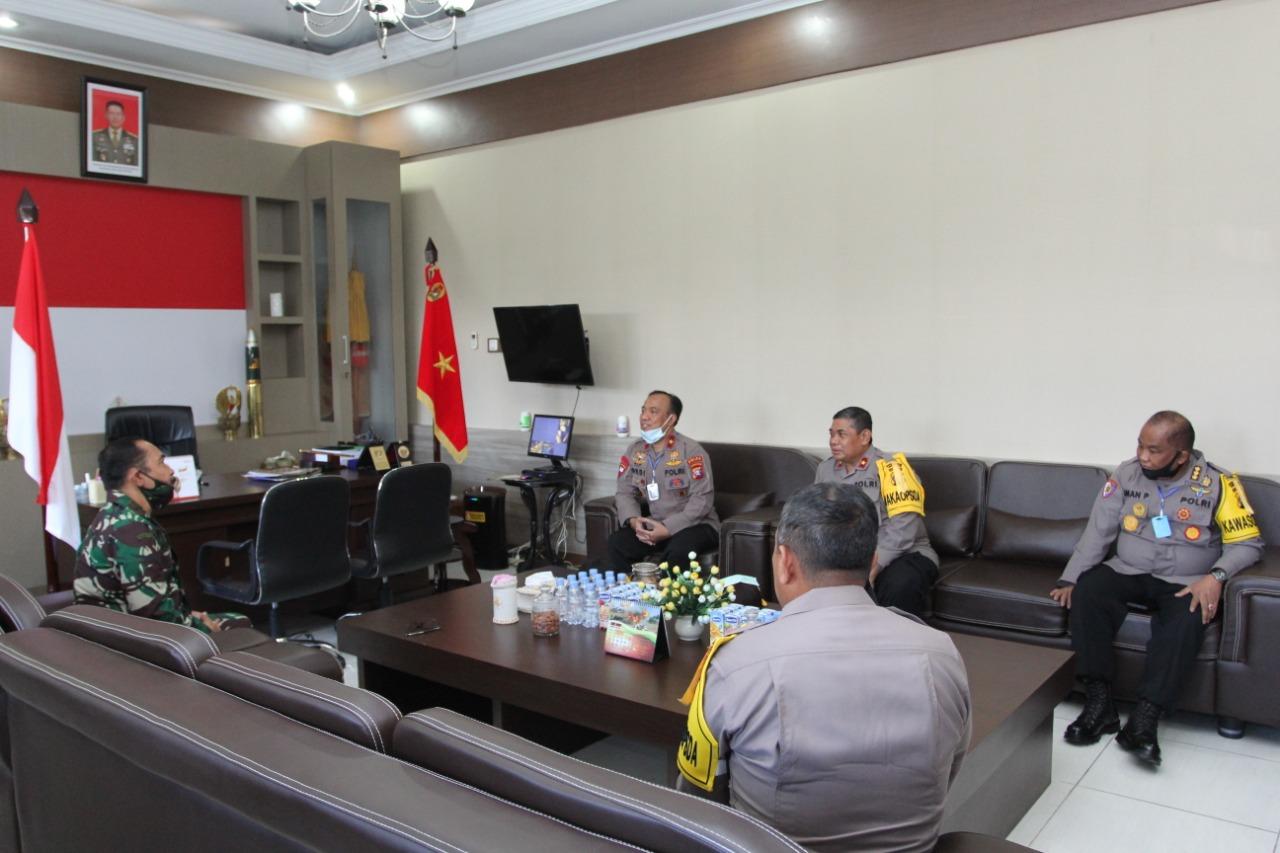 Tingkatkan Soliditas, Kapolda Kalteng Kunjungi Makorem 102 Panju Panjung