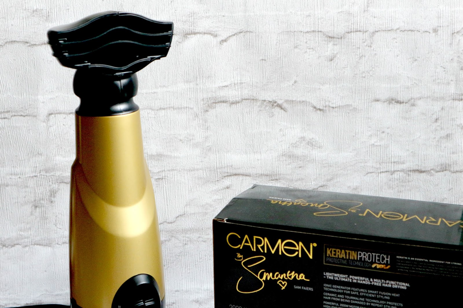 Carmen Hands Free Hairdryer Reviews
