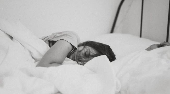 Bukan Kangen, Ini 3 Arti Mimpi Balikan Sama Mantan Pacar Menurut Psikolog
