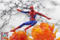 MAFEX Spider-Man (Peter B Parker) 55