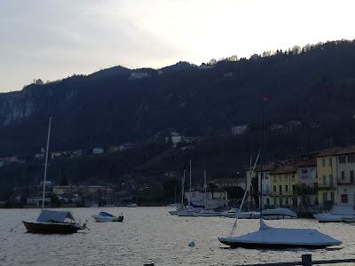Pella sulle rive del Lago d'Orta