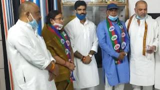 BJP के बागियों पर चिराग की नजर, पाला बदल LJP में आए रामेश्वर चौरसिया